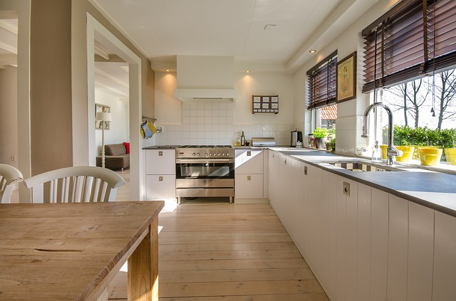 Are You Lacking On Quality Storage Space In Your Kitchen? Do You Find  Yourself Struggling To Find Room For Utensils? Are Things Constantly Being  Knocked ...