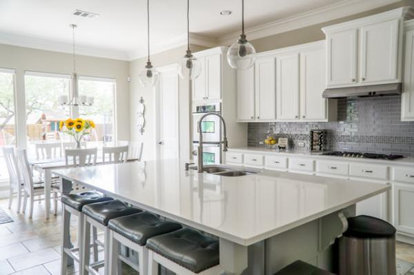 & Tips to Ensure Your Denver Kitchen Remodeling Project Goes Smoothly